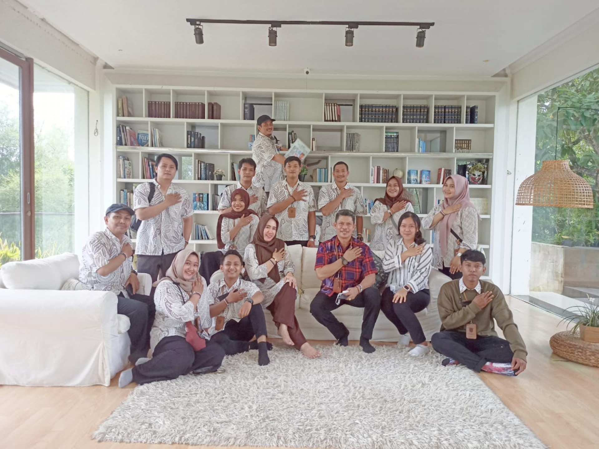 Museum Samarinda Menghadiri Undangan Ke Rumah Ulin Arya